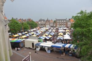 markt_in_middelburg